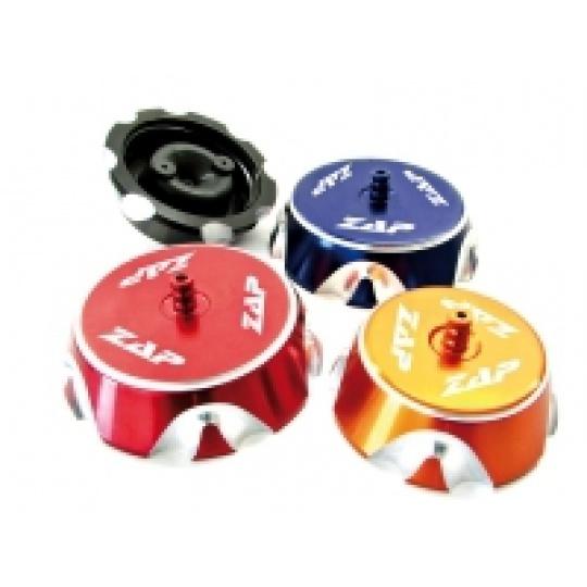víčko nádrže YZ 125/250 98-17, YZF 250-450 98-13 KXF250 04-16, KXF 450 04-15